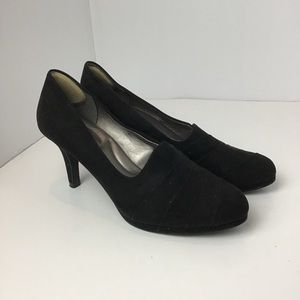 Coach and Four Women's Heels Black size 8.5